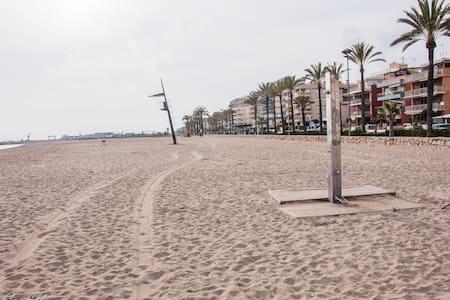 Primera linea en la playa de Segur de Calafell - Segur de Calafell - 公寓