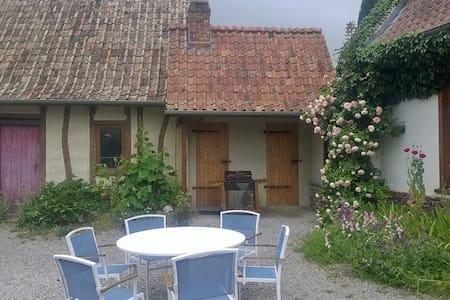 cottage au pied de la rivière et de la colline - Audrehem - Natur-Lodge