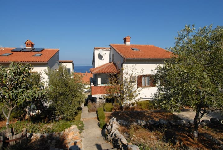 Apartments Katja - Parter - Mali Lošinj - บ้าน