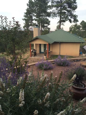 Deer Path Guest House - Alto - Huis