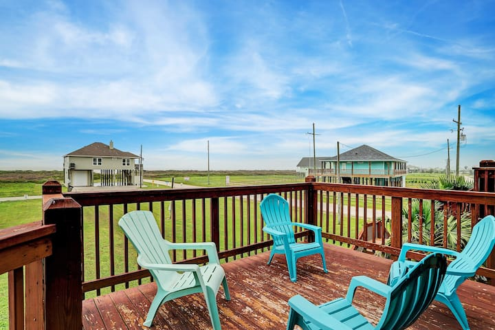 FAST beach access! Dog friendly! Great gulf views!
