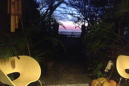 Bercé par les vagues, esprit vacance assuré! - Saint-Leu - Lakás