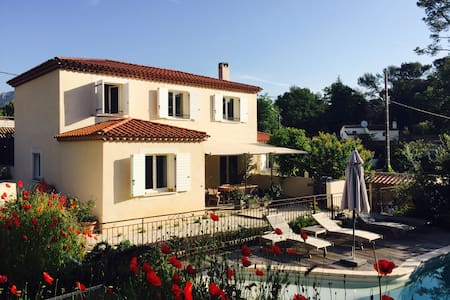 Villa at Roquefort-les-Pins 4 rooms with pool