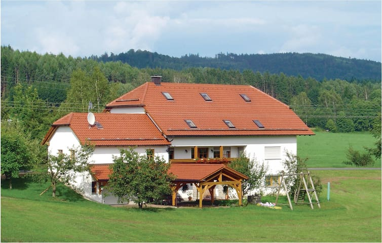 Holiday apartment with 4 bedrooms on 85 m² in Floß