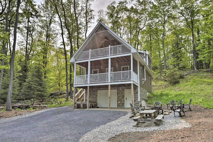 Cozy Old Forge Home w/2 Porches, Fire Pit, Hot Tub