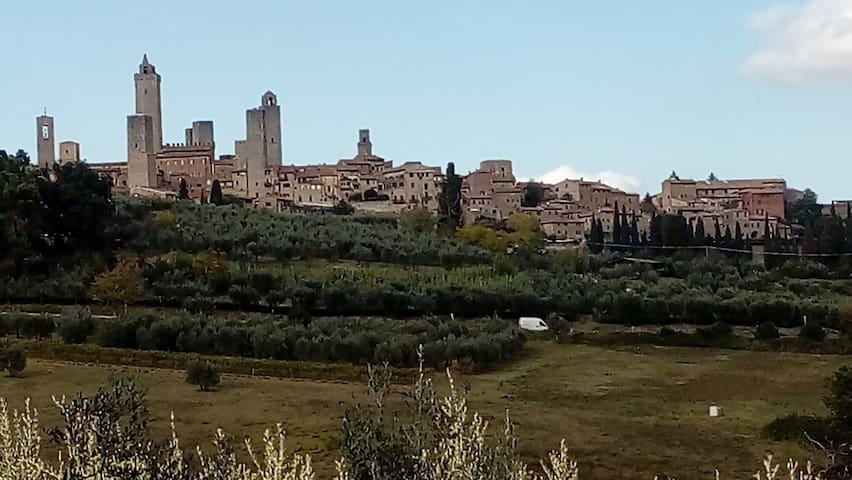 Casolar del Pellegrino, B&B San Gimignano letto 1