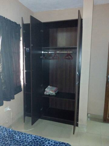 Charming bedroom in Yaba - Lagos - Appartement