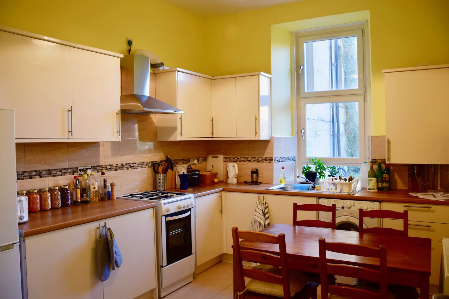 Our cosy kitchen: All you need to make a nice dinner