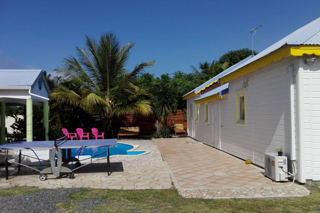 Bungalow thomanon 4 5p avec piscine et terrasse for Piscine vitry le francois