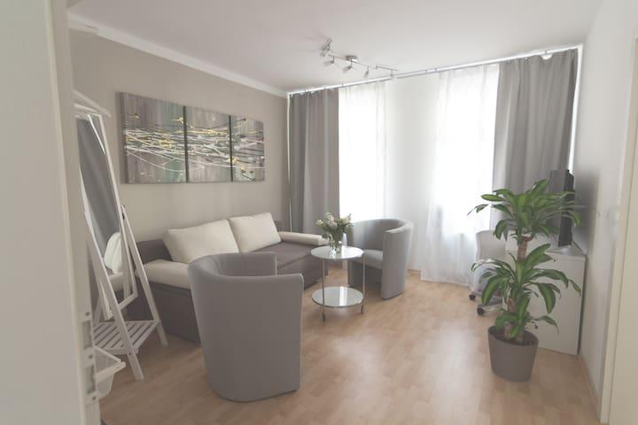 Wunderschöne Wohnung, zentral, ruhig, WLAN