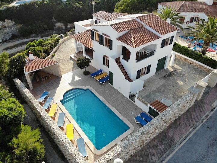 Villa 11 pers.+Piscina+Bajada playa