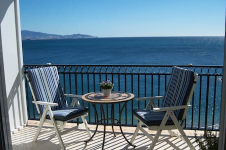 Magical apartment, 1st line of the beach, sea view