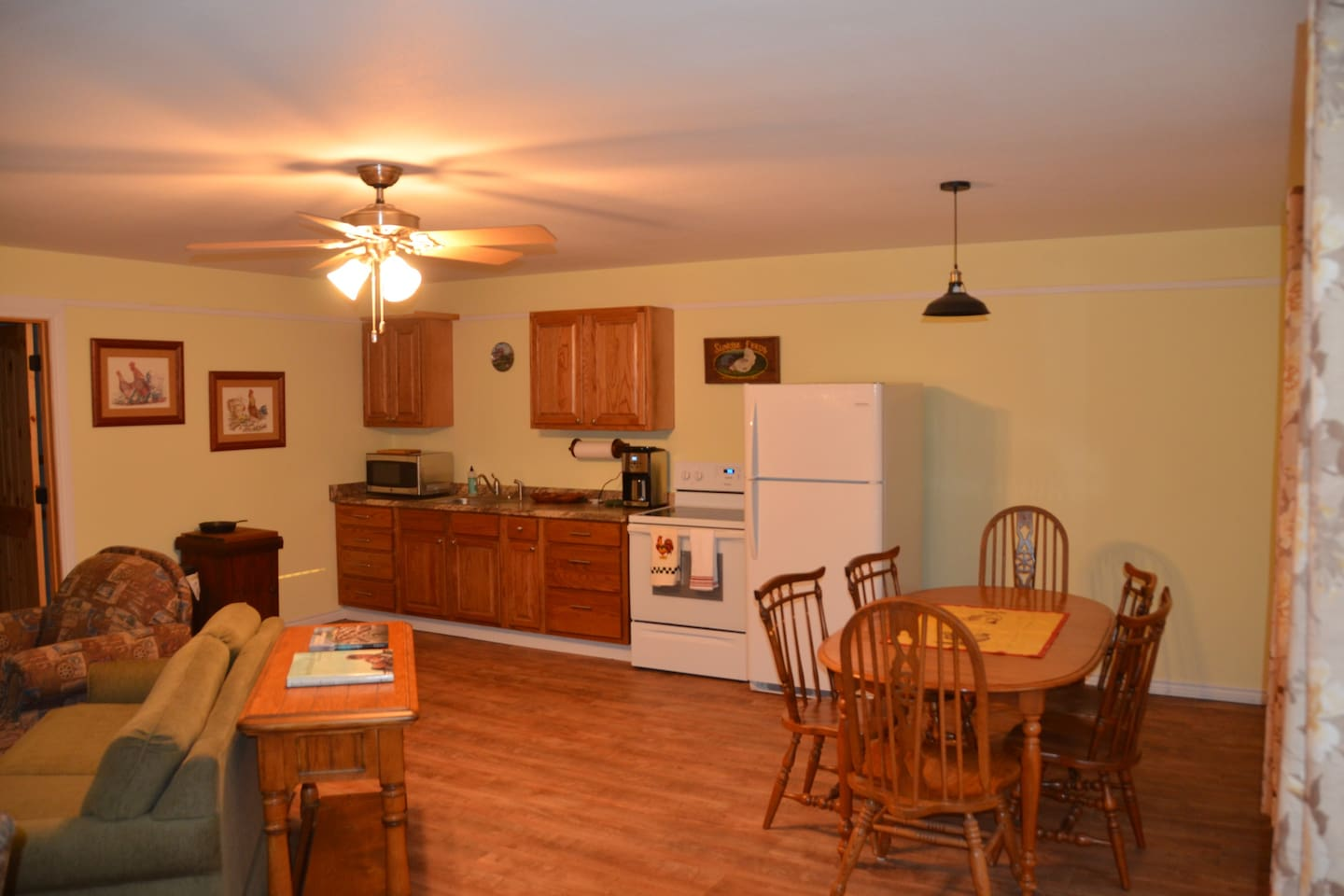 Spacious separate full kitchen/ dining/living room