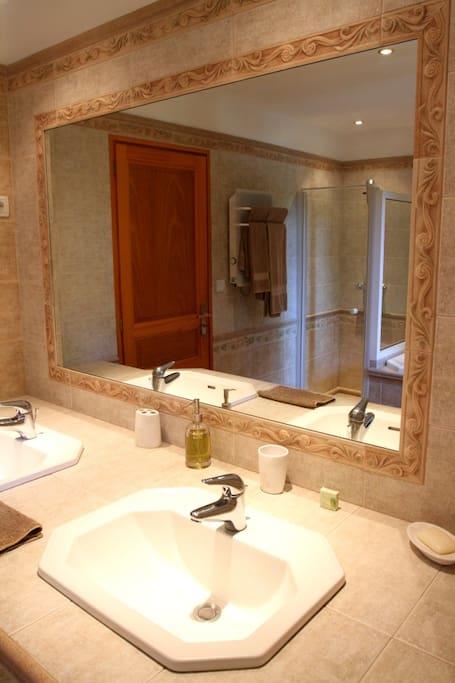 Gîte de la Ferme-Salle de bain