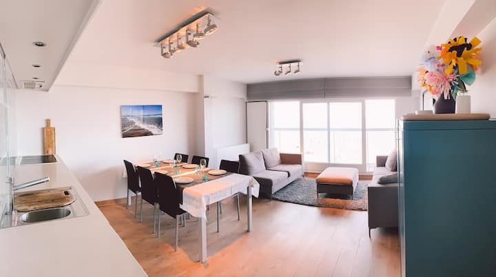 Seafront apartment 2 bedrooms Duinbergen