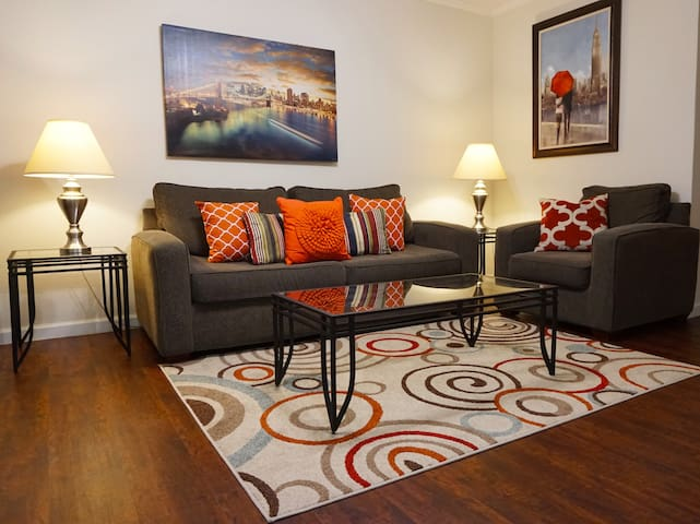 Galleria/ River Oaks District/Furnished Apartment