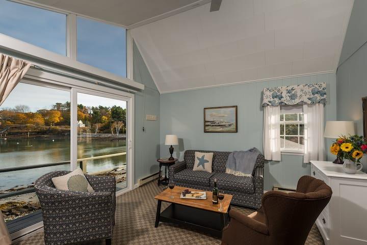 Dockside Guest Quarters water view, suite 112