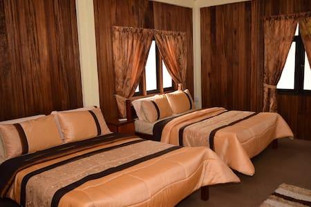 NK Chalet (Quad Room) - Kuala Besut