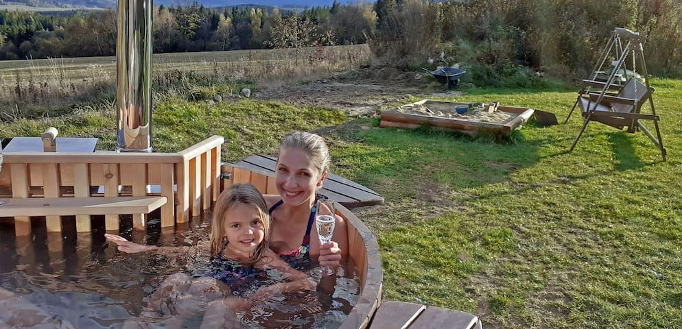 Relax v horkém sudu či sauně