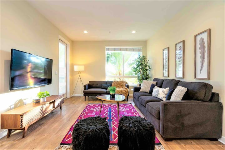 Central Irvine | Spacious Living | Walk to H-Mart