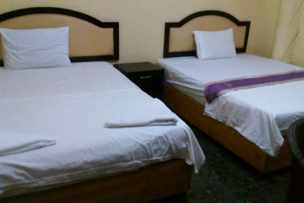 Twin bed for 3 pax