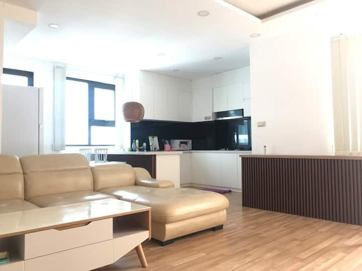 Entire Modern & Super Clean Apartment
