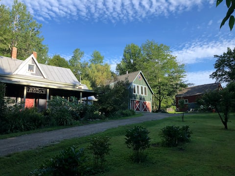 Escape and Engage at Bray Barn Farm!