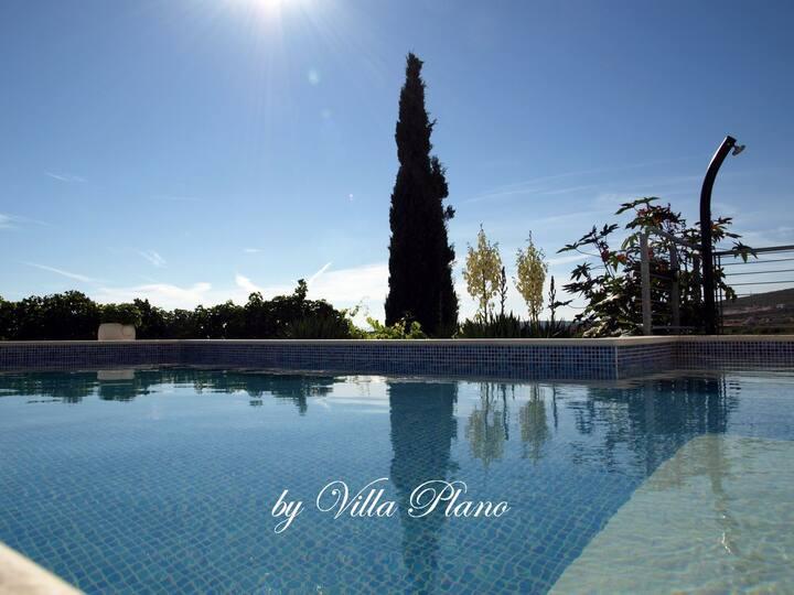 Family luxury garden villa plano, Trogir