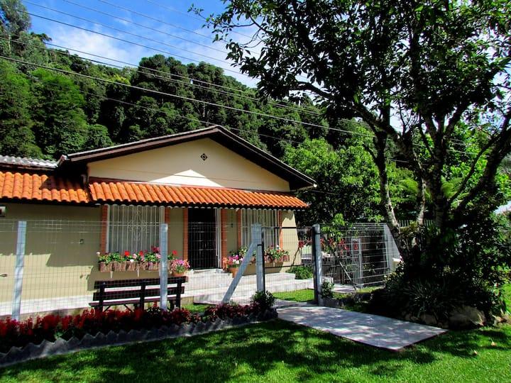 Casa  toda  (14 p) - Serra Gaucha