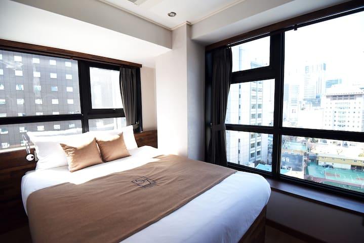 57 Myeongdong Hostel (Deluxe Double)