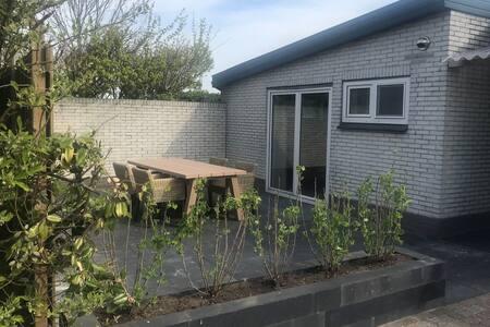 Comfortable Farmhouse in De Cocksdorp near Sea