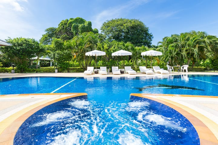 High-Luxury 4B Boutique Villa❇ Infinity Pool Rawai