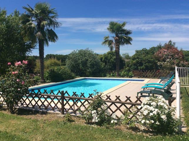 Maison avec piscine proche St Emilion