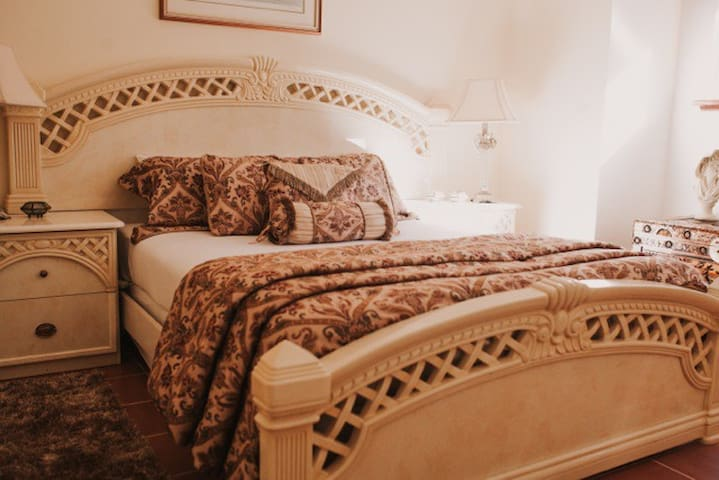 Nannup Hideaway- Tuscany Suite