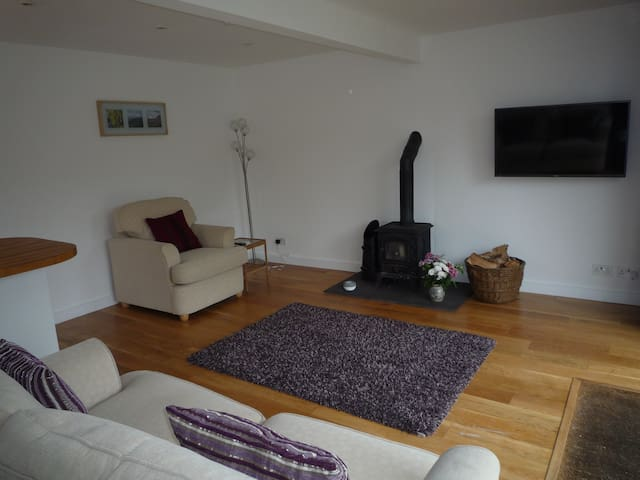 Stunning detached garden apartment. - Nefyn - Appartement
