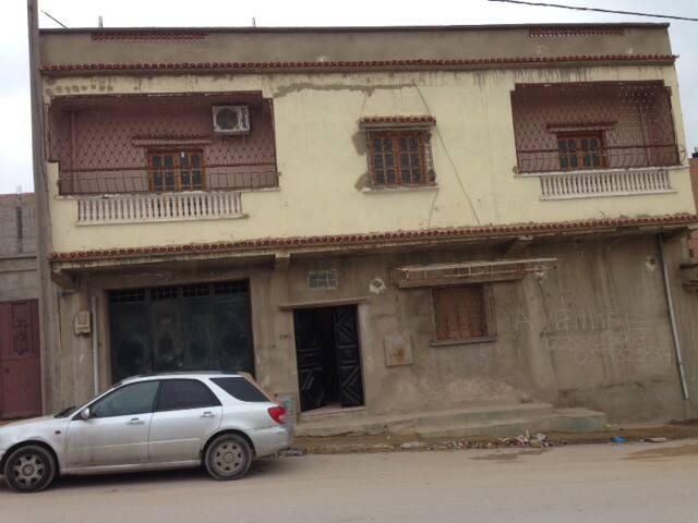 maison a fleuris Oran - Hassi Ben Okba - House