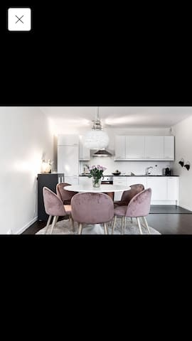 Lovely apartment in the heart of Solna!