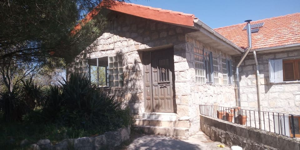 Rural farm close to Madrid only 5 letting rooms
