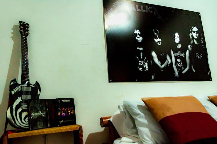 Metallica Standard Room
