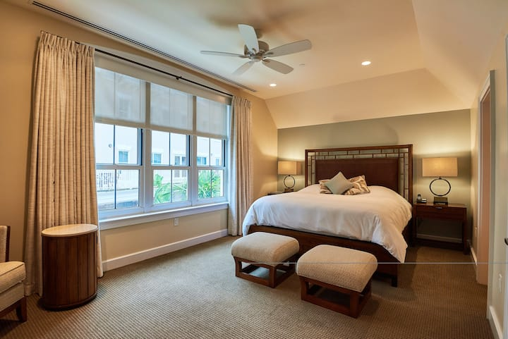 The WaterFront Residence, Room # 2, Bermuda