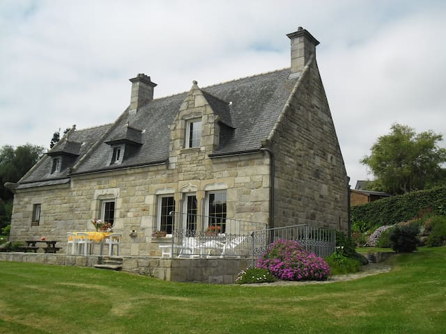 petit manoir breton vue sur mer - Saint-Pol-de-Léon - 別荘