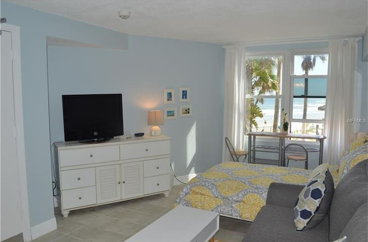 Beach Beauty Newly Remodeled OceanFront OceanView