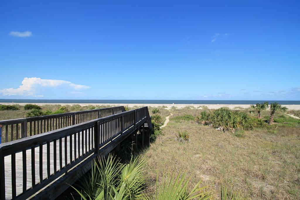 Spectacular panoramic vistas of Tybees North Beach and the Atlantic Ocean