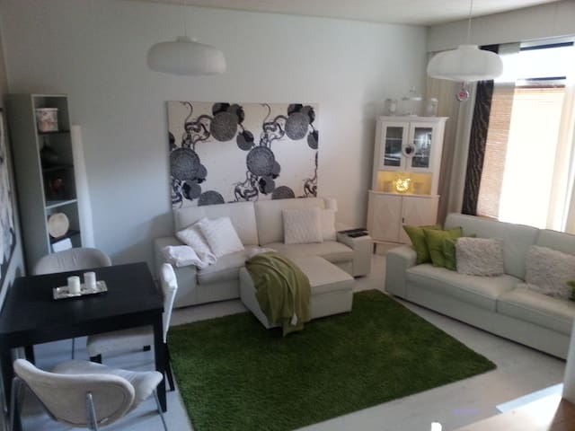 Lovely 3 room apartment with garden - Nummela - Townhouse