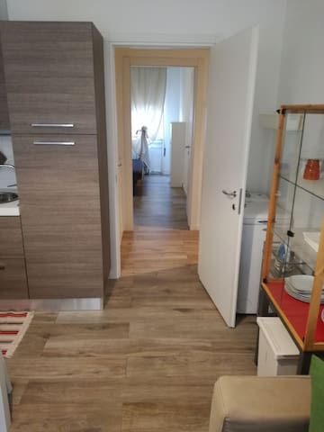 2-room flat 6th floor 15 minutes from city center