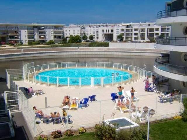 Agréable Studio avec piscine parking Minimes