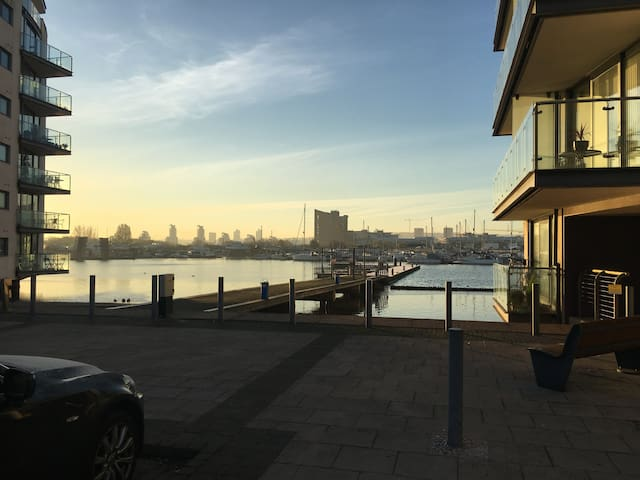 Luxury double room at 20mins from Central London - London - Flat
