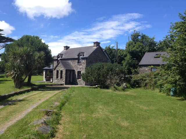 Family Holiday Home , Five Pines , Schull