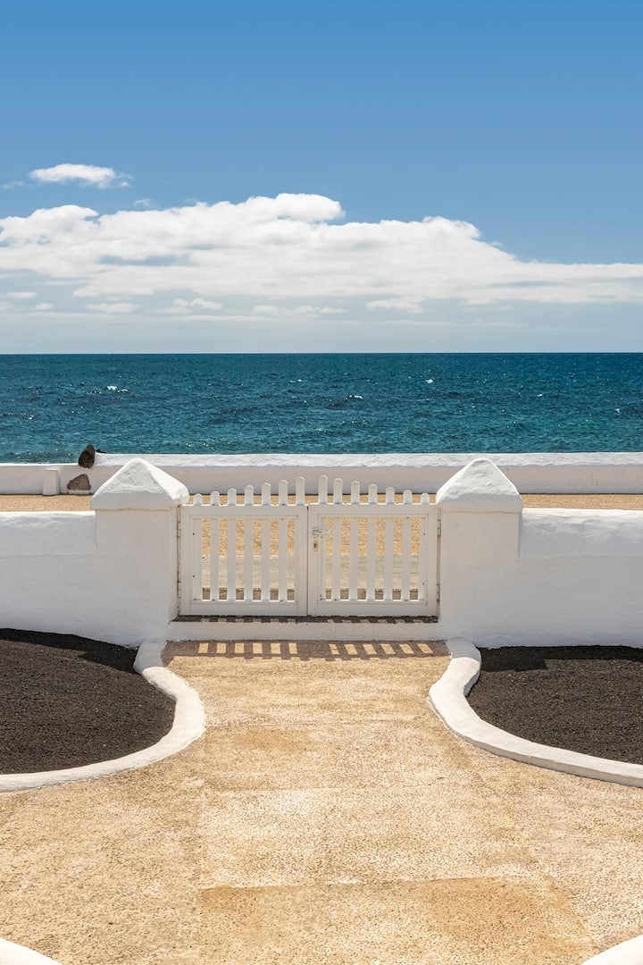 La Orilla - Frente al Mar