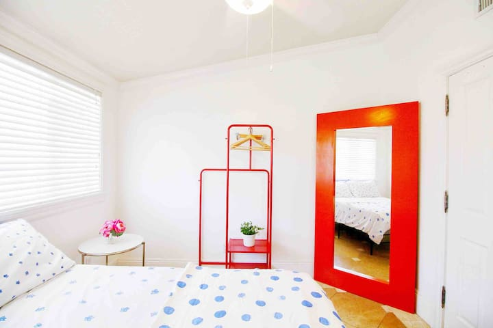 Bright & Clean | Private Bedroom | 3 mi to Beach
